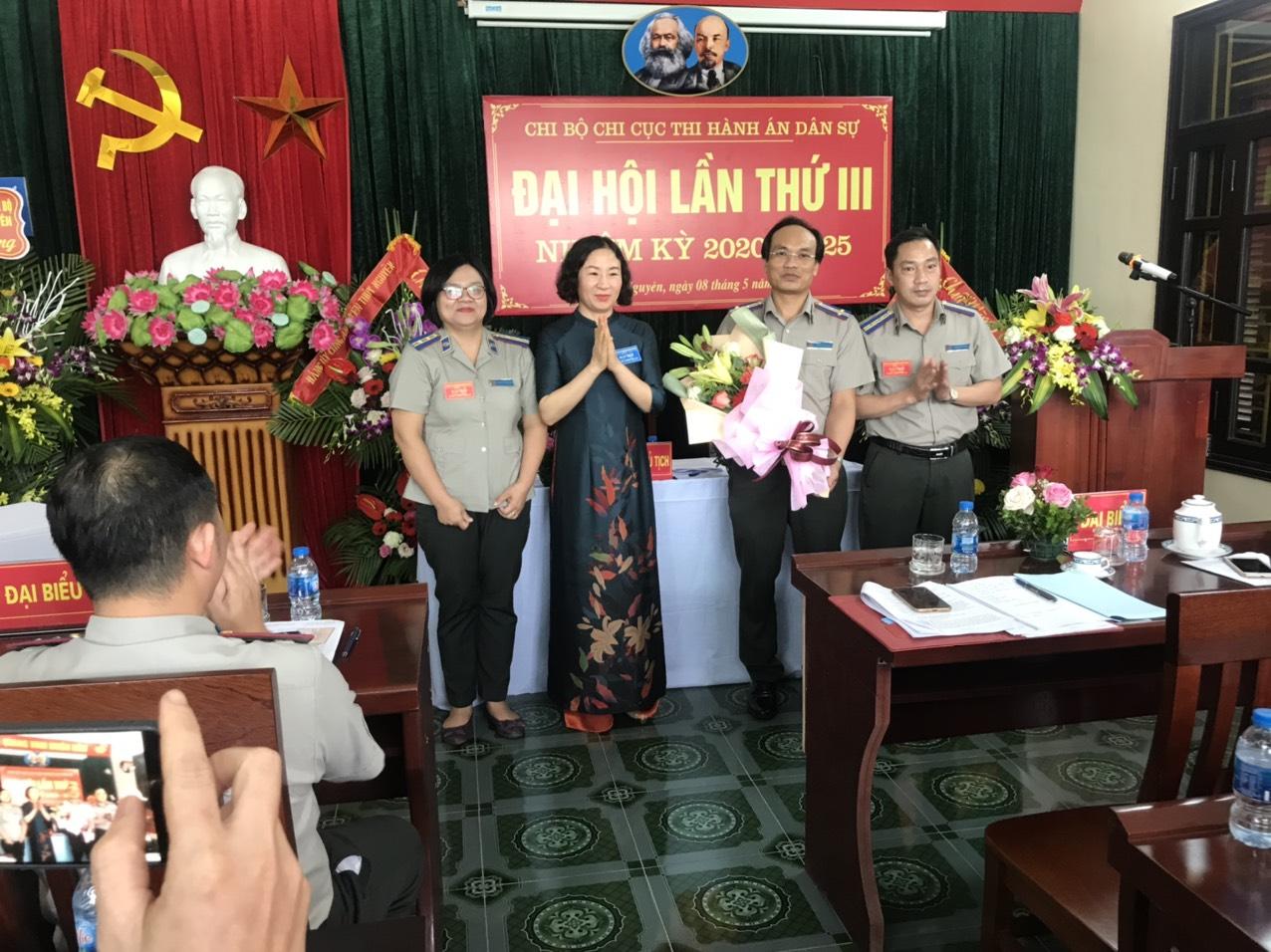 Đại hội Chi bộ Chi cục Thi hành án dân sự huyện Thủy Nguyên lần thứ III nhiệm kỳ 2020 – 2025